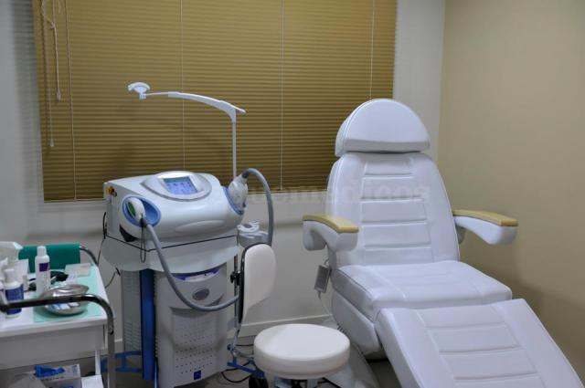 Sala de láser y estética - Clínica Dermatológica Clemente