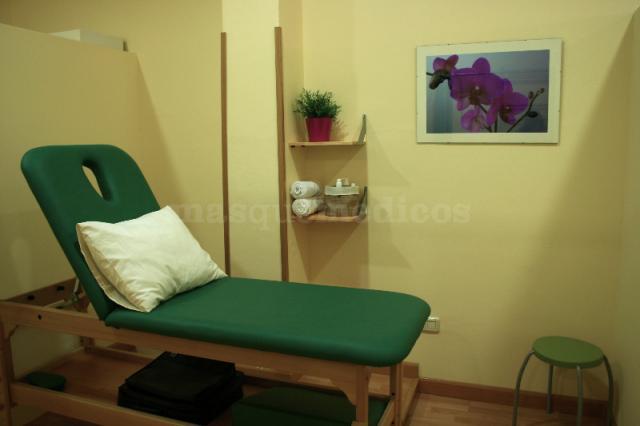 - Clínica de Fisioterapia y Fisioestética Marta Mejuto