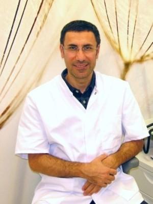 Dr. Hassam Hamdan - Dentálita