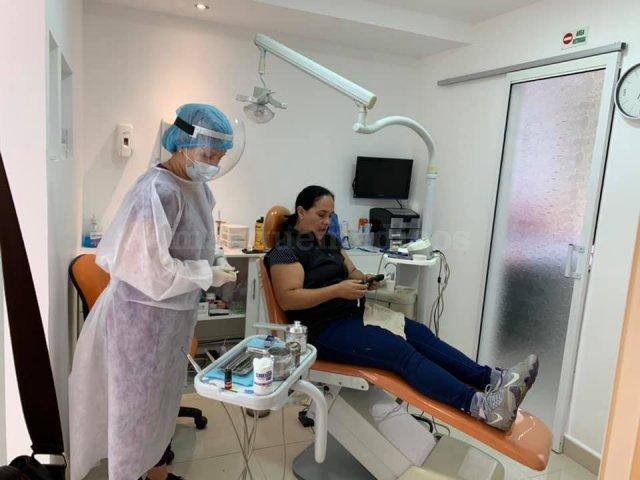 - Clínica Dental Equinoccial