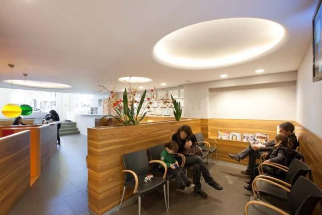 Sala de espera - Alba Clínica Dental Reus