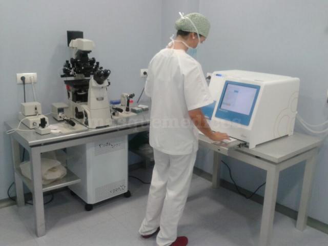 Laboratorio FIV. EmbryoScope - Doctora Belén de la Torriente Benito