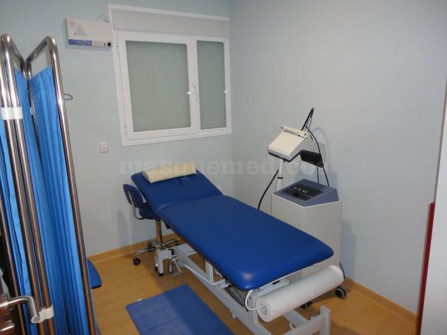 Área de masaje terapéutico y corporal - Clínica de Fisio-ozonoterapia Natural Med S.L