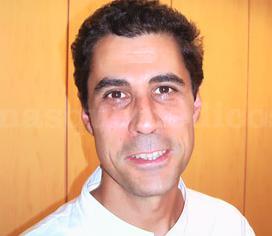 Dr. Javier Vila Martín - Cirujano oral - Nº C.O.E.C 3828 - Clínica Dental Basi