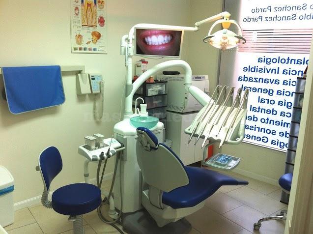 gabinete 3 - Clínica Dental Doctor Lluch