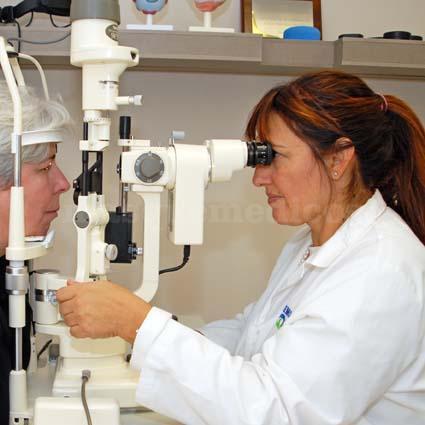 Revisión oftalmológica - CEMO Oftalmología - Dra. Mosqueira