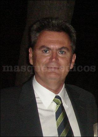 - Adolfo Revuelta Bravo