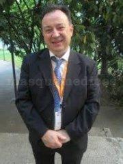 Dr Becerra, Medico Especialista Endocrinología - Centro Clínico Betanzos 60