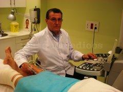 Realizamos previo al tratamiento un eco dopler color . - Dr. Raúl Balanzino Maggi